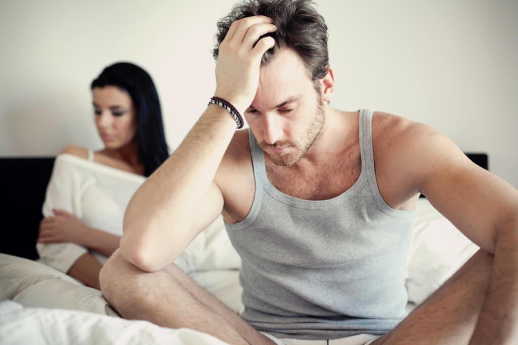 intimní splynutí, partnerské obtíže, hádka, spor, nesoulad, muž ažena