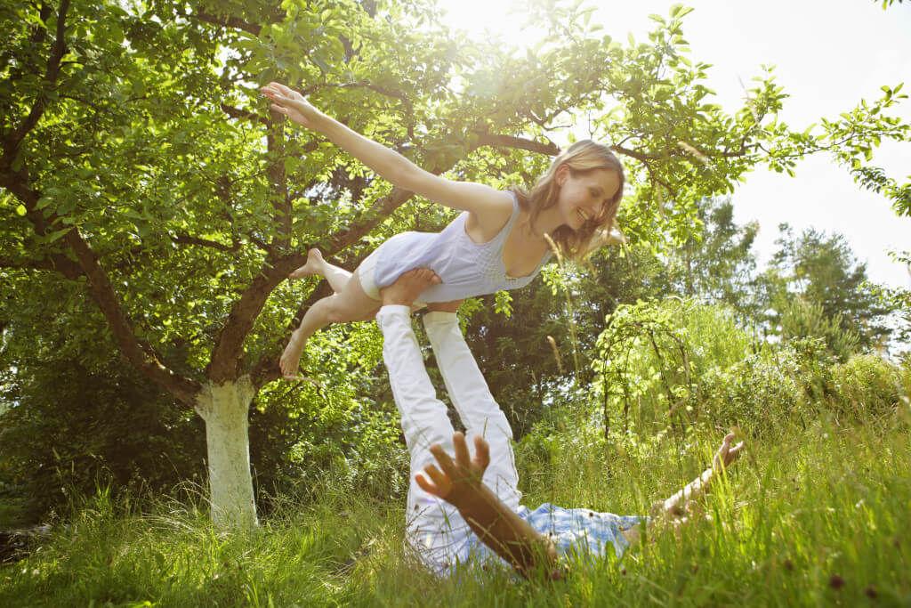 intimní splynutí, šťastný pár, muž, žena, léto